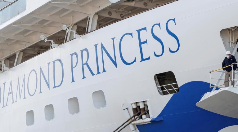 横浜港のクルーズ船、新たに判明した感染者10人のうち日本国籍4人