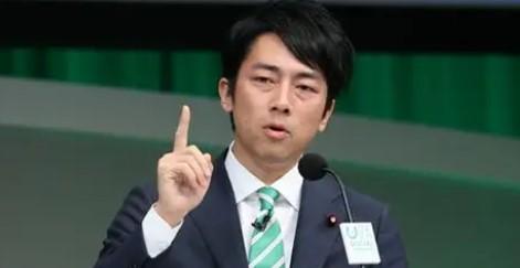新年会で会議欠席疑惑の小泉大臣