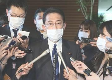 現金給付、所得減世帯に30万円 自己申告制