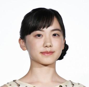 芦田愛菜ちゃんがもう16歳!天才すぎるキャリアを振り返り